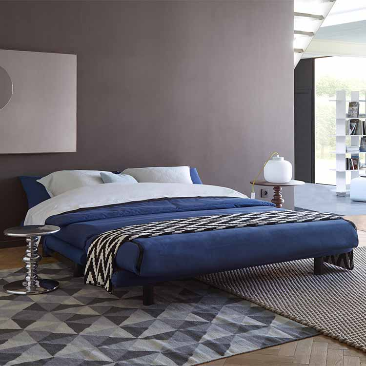 ligne roset multy sofabed at insitu furniture by jonathan macmillan. Black Bedroom Furniture Sets. Home Design Ideas