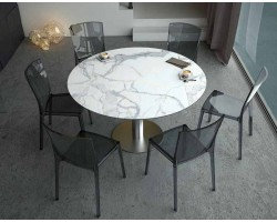 Akante Luna Table